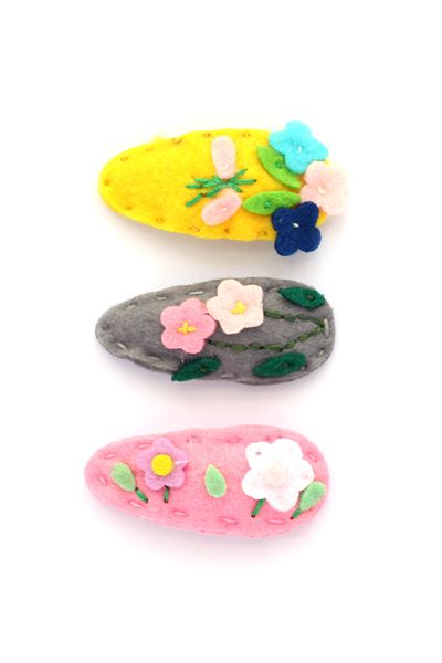little pop pop felt flower hair clip