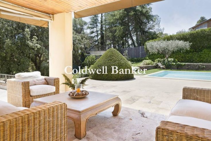 Espectacular casa unifamiliar en parcela plana de 3385 m2 | Matadepera | B00701SQ | Coldwell Banker