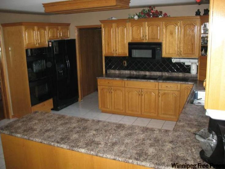 1000 images about kitchen remodel on pinterest black for Kitchen remodel oak cabinets