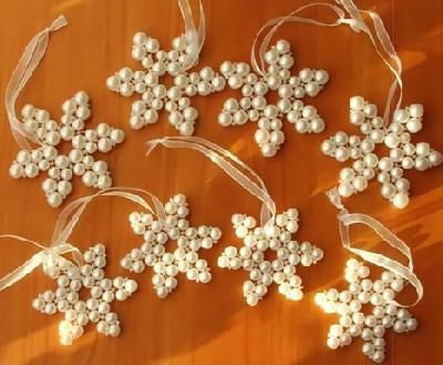 Snowflake - beading I'll have to try this...looks like I can do it!!!