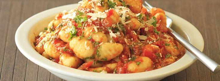 Gnocchi met Basilico saus en zongedroogde tomaten