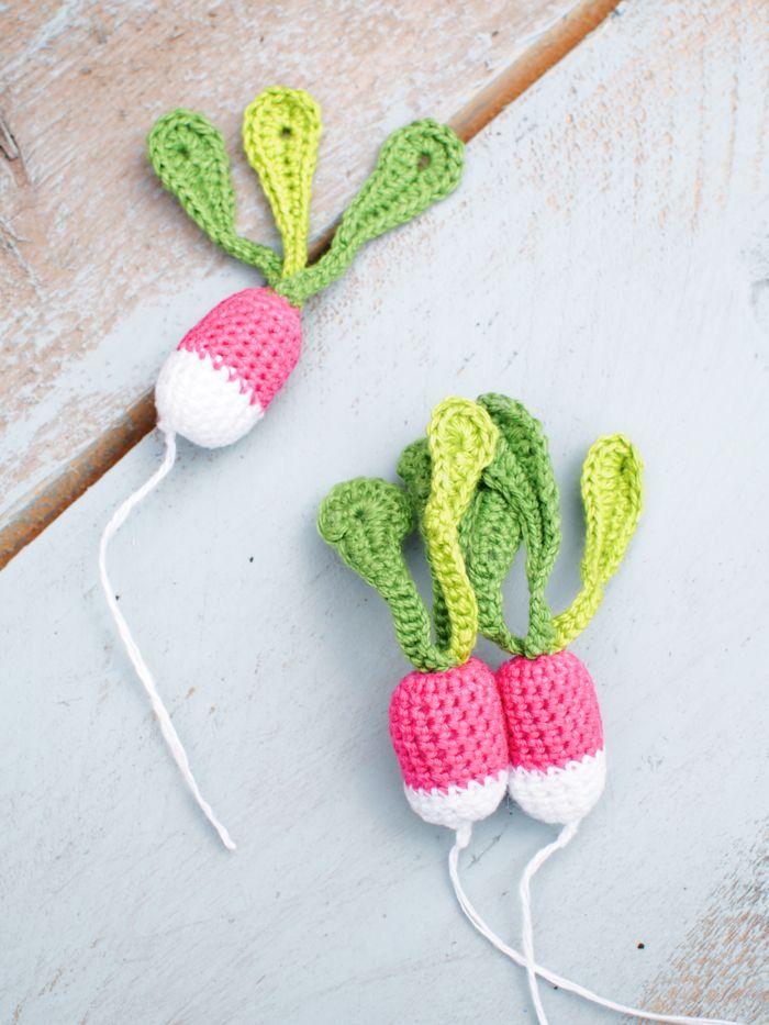 ~ crocheted radish brooch ~