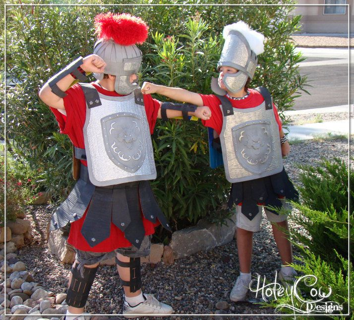 Roman Centurion Costume DIY instructable made from cardboard and household items