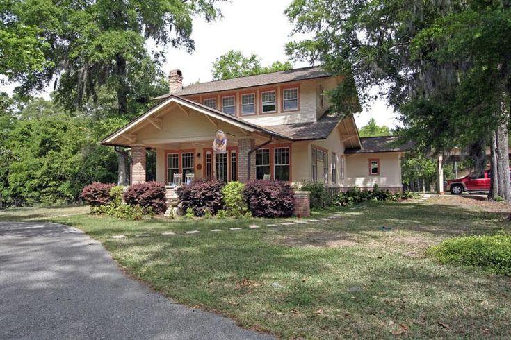 105 best arts crafts houses images on pinterest for Craftsman homes for sale in florida