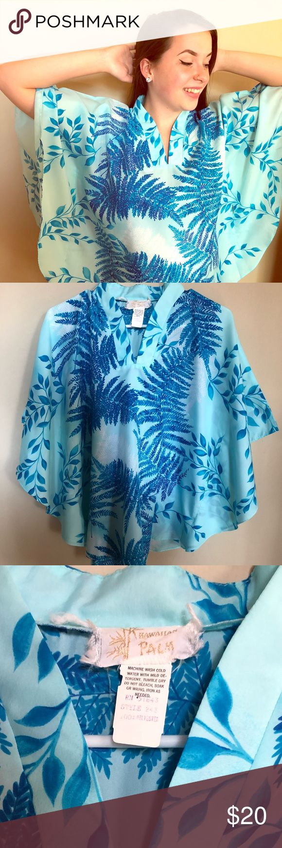 🌴Beautiful Blue and White Blouse S/M Beautiful blue and white blouse. Estimated S/M fit. Holes for belt. Vintage Tops Blouses