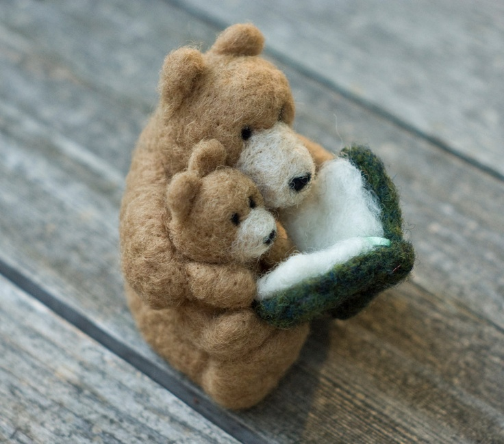 Needle Felted Bear - Reading to Cub. $40.00, via Etsy.