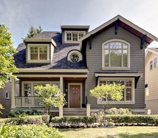 Best 25 craftsman exterior colors ideas on pinterest for Round exterior window