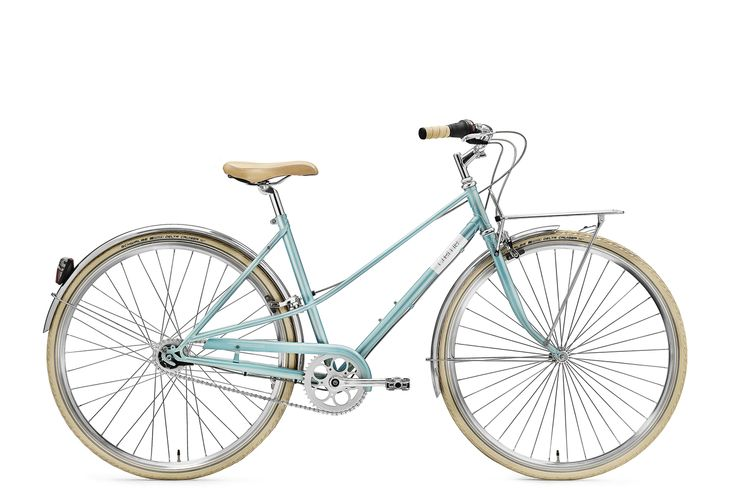 2016 Canada_creme_caferacer_lady_ The Caferacer commuter bike's design is influenced by hand built porteur bicycles of the 50's and 60's. The semi-upright position will give you a perfect balance between comfort and speed, whilst the front rack will be ideal for carrying your groceries, laptop or just about anything else that you need to take with you. But take note that the Caferacer is not only practical but also exceptionally beautiful.