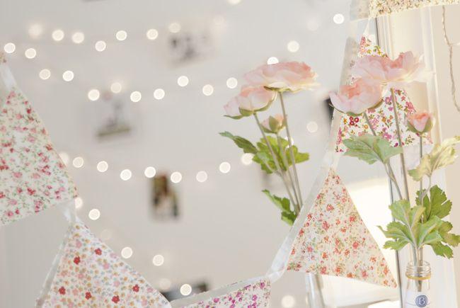 Bedroom Fairy Light Ideas: Quick & Easy DIY Fairy Light Wall