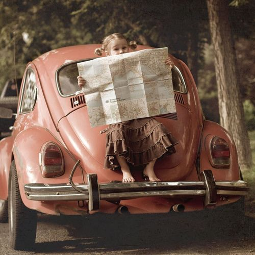 cutePunch Buggy, Little Girls, Vw Beetles, Vw Bugs, Maps, Secret Places, Pink, Travel, Roads Trips