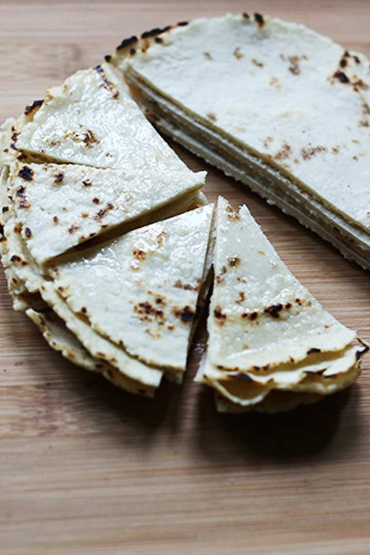 Tortilla Chips Made From Homemade Corn Tortillas Baked In The Oven These Are Crisp And Crunchy Tortilla Chips Flavored With Your Favorite Spi