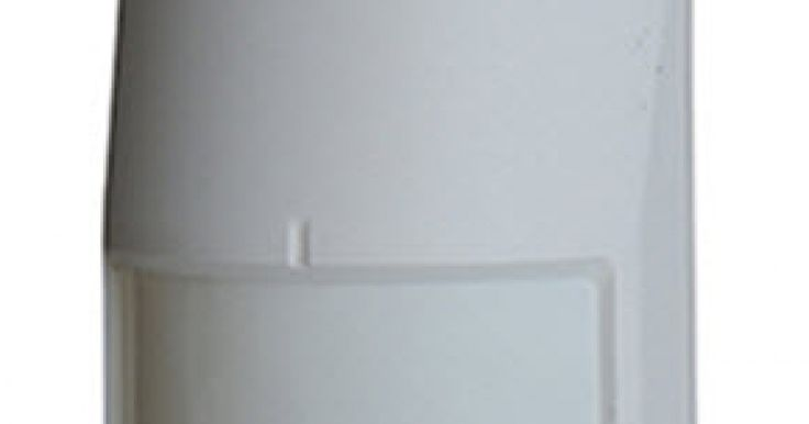 Εσωτερικός ανιχνευτήςEYE PRO 1Α   Εσωτερικός υπέρυθρος ανιχνευτής Κάλυψη 15 μέτρων/2.4mύψος τοποθέτησης Ρύθμιση παλμών Γωνία κάλυψης 120° Περιλαμβάνεται βάση για εύκολη τοποθέτηση σε τοίχο ή οροφή Μικρές διαστάσεις με αρκετό χώρο για συνδέσεις των καλωδίων