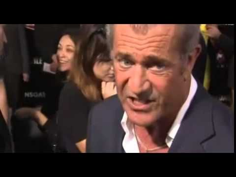 Hollywood Celebrities Have Been Paying Tribute for Robin Williams Death