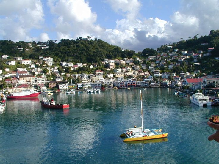grenada   Ankunft in Grenada 2 Bilder Strand/Küste/Hafen Hafen St. Georges