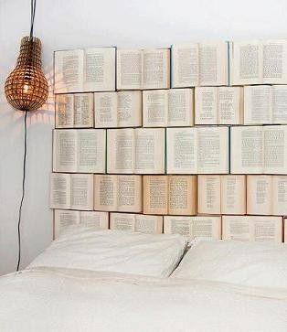Tête de lit livres