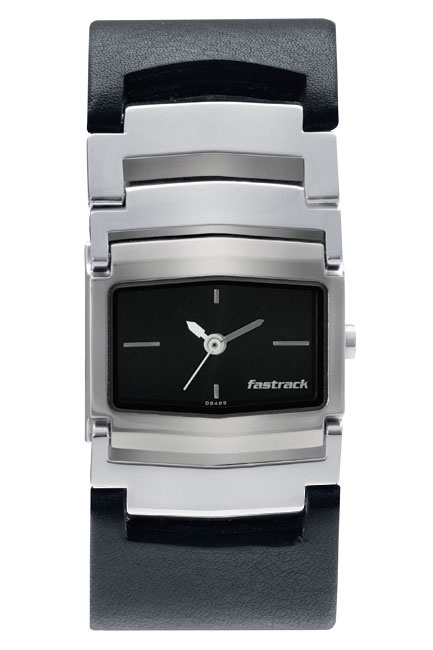 This mid-sized shaped case gets a rather chunky look with the hybrid leather and metal bracelet. The bold broad look of the strap gives this otherwise simplistic looking watch a very differentiated look for the new age girl.  His & Hers from Fastrack  http://www.fastrack.in/product/6062sl02/?filter=yes=india=2=25&_=1340214981920#