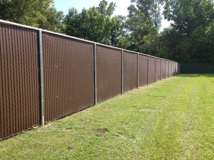 Privacy slats in ft tall chain link fence