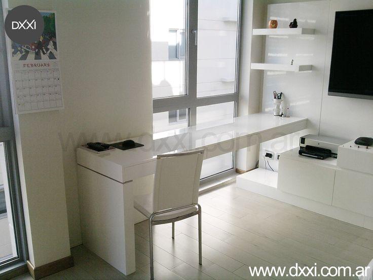 Mueble a medida mdf laqueado blanco brillante con for Mueble de aluminio exterior