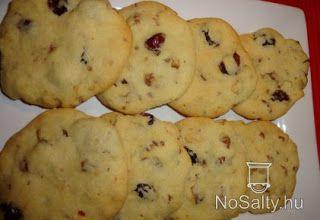 Keksz Blog: Tőzegáfonyás-dós cookie