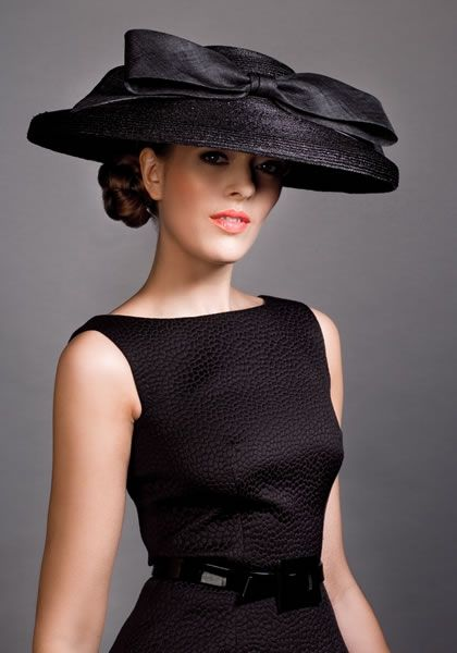 Black Italian straw cut through hat with straw fabric bow