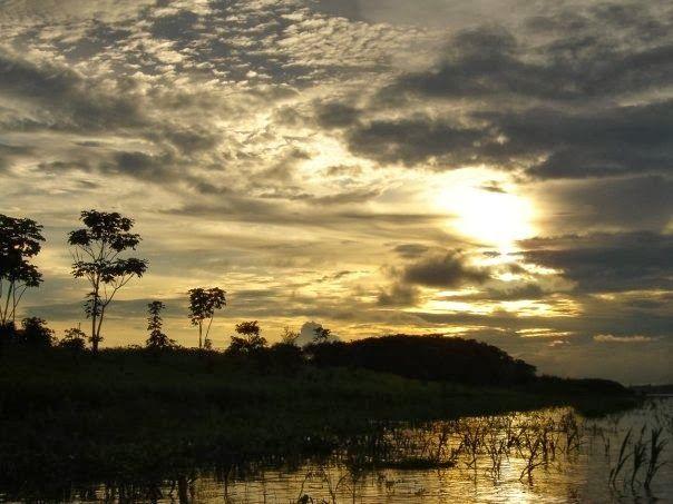 E ter tempo prá sonhar: Atardecer en el Amazonas
