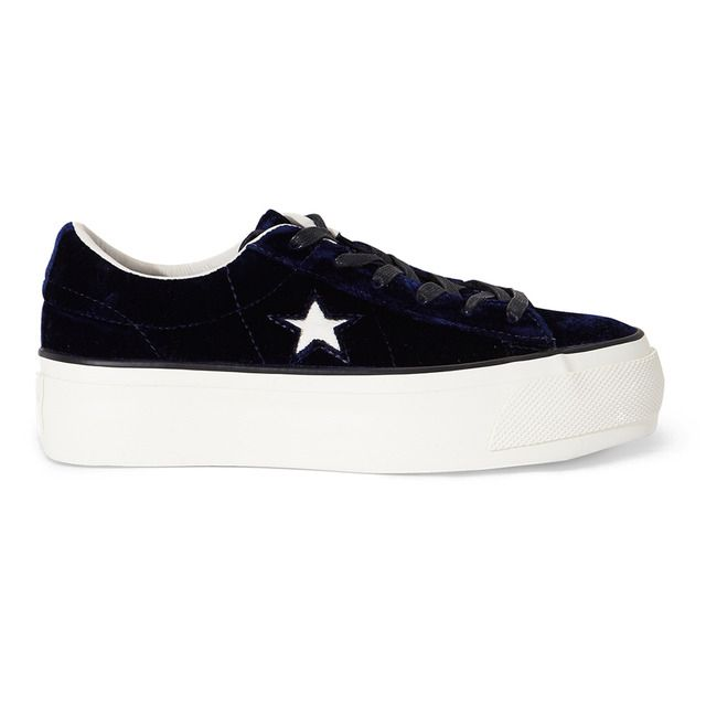 Zapatillas de terciopelo de mujer One Star Platform Velvet Converse de color azul oscuro con plataforma