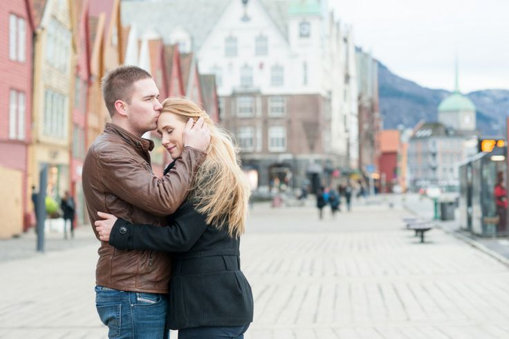 THE NORWEGIAN WEDDING BLOG : Engagement session in Bergen - Norway by Mikkel Paige.