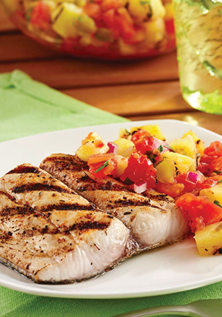 Grilled Mahi Mahi Fillets with Pineapple Salsa – the perfect summer recipe for a cookout!