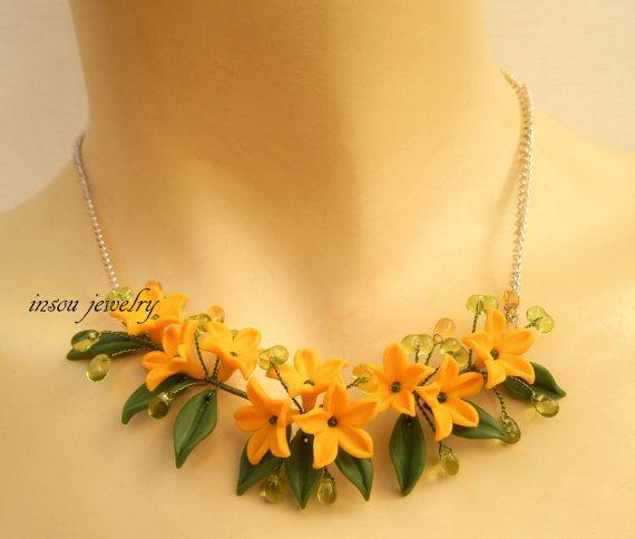 Flower necklace - Yellow jewelry - Buttercups - Spring jewelry - Handmade polymer jewelry