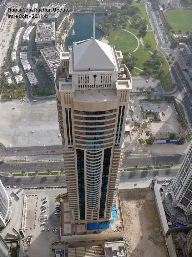 Al Seef Tower, Dubai-UAE; 215.0 m 44 fl; completion 2005
