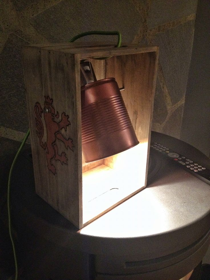 Diy lamp. Tin can and a old wooden box