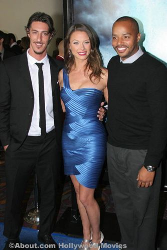 Exclusive photo of Eric Balfour, Scottie Thompson and Donald Faison at the premiere of the movie Skyline. Eric Balfour, Scottie Thompson and Donald Faison photo from the premiere of Skyline held on November 9, 2010 in downtown Los Angeles, CA.