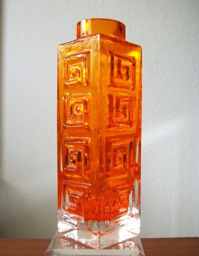 Whitefriars TANGERINE GREEK KEY 9810 Glass Vase GEOFFREY BAXTER