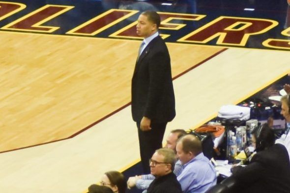 NBA News: Cavaliers Head Coach Tyronn Lue inks a 5-year contract extension - http://www.sportsrageous.com/nba/nba-news-cleveland-cavaliers-head-coach-tyronn-lue-inks-5-year-contract-extension/37350/