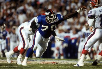 best defensive players in nfl history | TAMPA, FL - JANUARY 27: Defensive tackle Leonard Marshall #70 of the ...