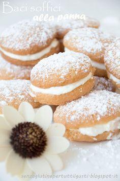 Senza glutine...per tutti i gusti!: Baci soffici alla panna senza glutine
