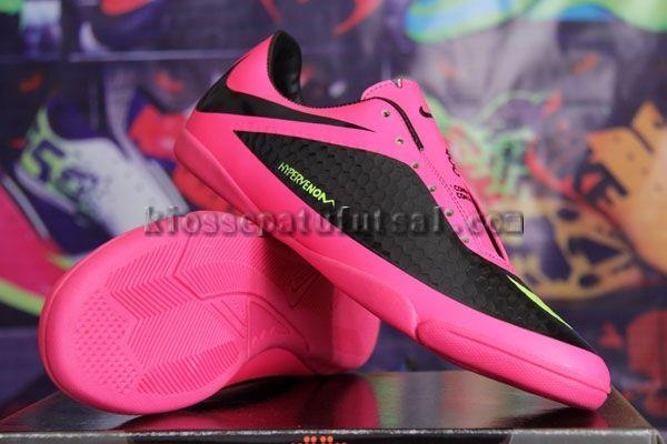 Nike Hypervenom Hitam Pink Lite, Harga:130.000, Kode:Hypervenom Hitam Pink Lite, Cara pesan:Ketik: Pesan # Nama Lengkap # Alamat Lengkap # Kode Produk # Ukuran # jumlah # No. HP, Hub: SMS/BBM ke:8985065451/75DE12D7, Cek stok: http://kiossepatufutsal.com/nike/nike-hypervenom-hitam-pink-lite