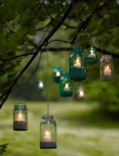 This is soooooooo pretty! I want to do this! Maybe even in my room :)