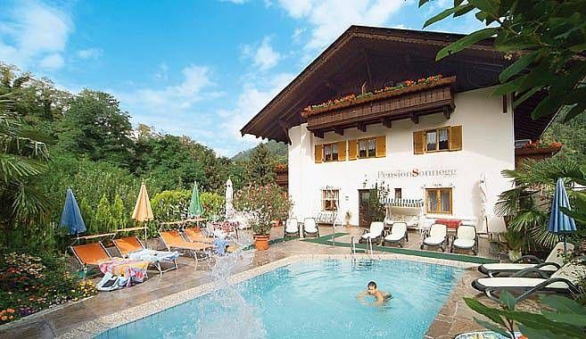 Hotel Pension Sonnegg Saltusio nei pressi di Merano in Val Passiria | Il tuo hotel escursioni in Alto Adige a Merano / Passiria Saltusio