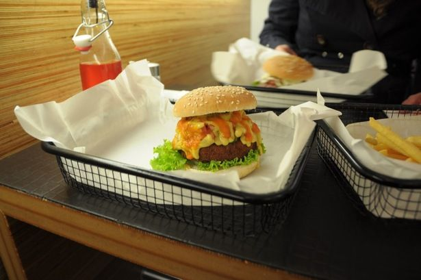 Burger at Beef Brothers | Aachener Str. 12 Köln