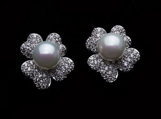 Loreta Bridal Earrings – Roman & French - Leader in Bridal Jewellery, Wedding Hair Accessories, Bridesmaids Dresses and Wedding Gifts.