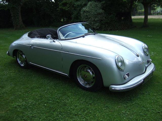 Vintage Porsche Roadster *sigh*