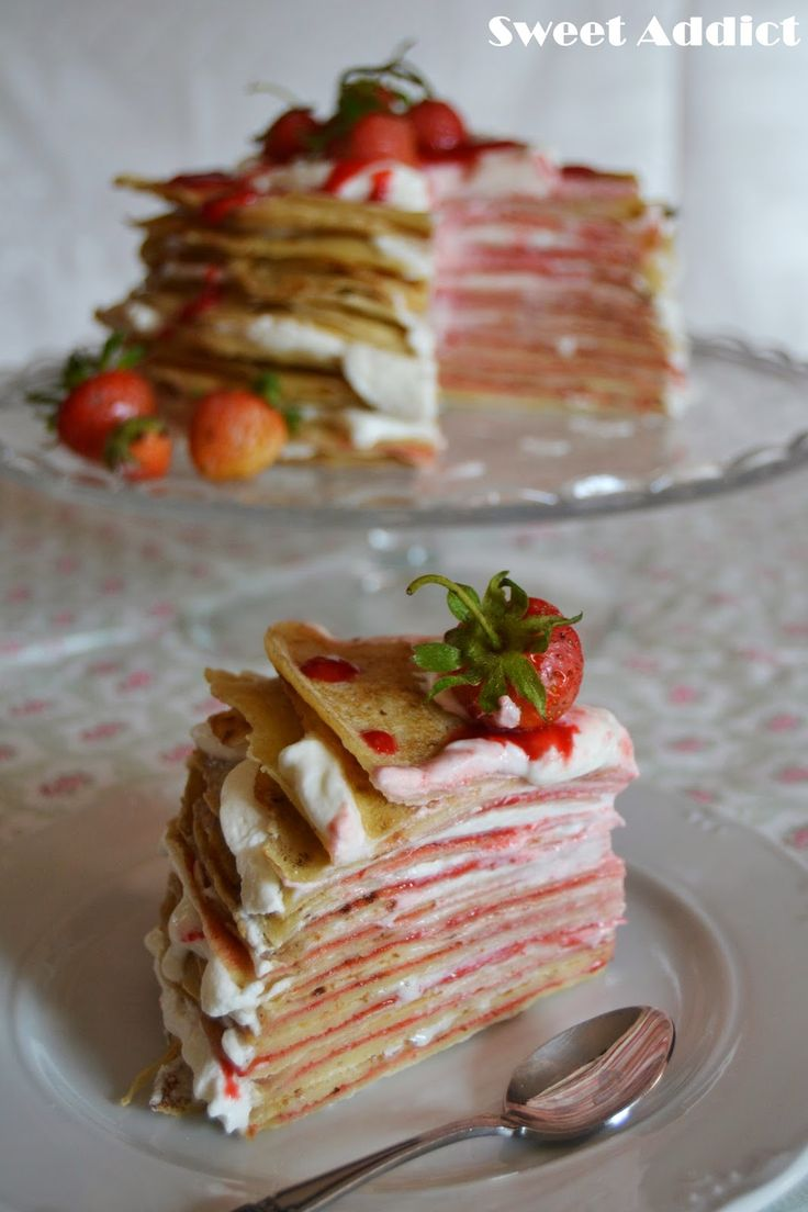 Tarta de crepes http://sweetadict.blogspot.com.es/2014/05/tarta-de-crepes-con-sirope-de-fresas.html