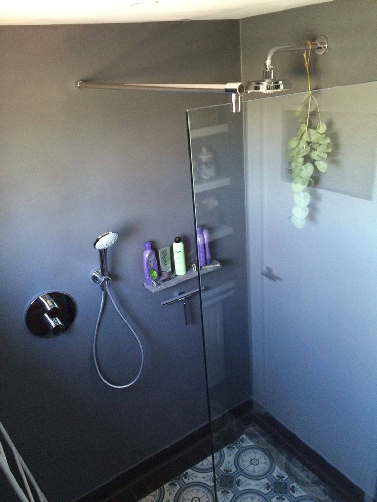 Bathroom - more interiordesign on / meer inetrieurstyling op www.debbyrijvers.nl