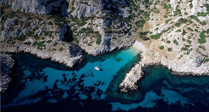 "Fans of scuba diving or snorkeling can take the boat in Marseille to the marvellous ""L'Ile de Riou"", where they explore an entire undersea forest. Book your ticket to Marseille from €79 return >> http://www.brusselsairlines.com/en-be/destinations/france/marseille.aspx"