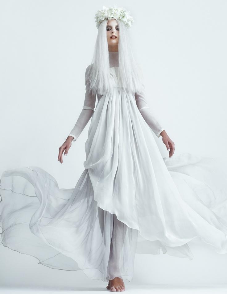 планированием картинка белого платья для королевы идеями