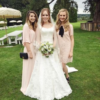 Tanya Burr & Jim Chapman wedding 09.06.15 @officialzoella  @tanyaburrvlogs @niomismart