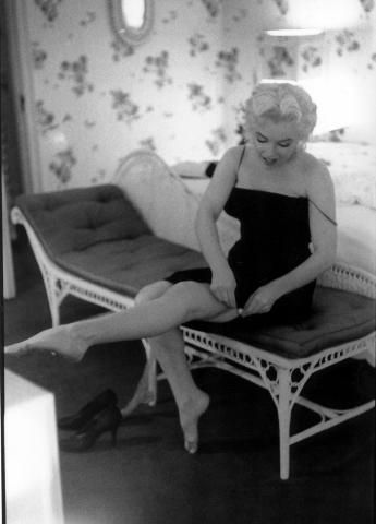 Marilyn's dressing. by Ed Feingersh.