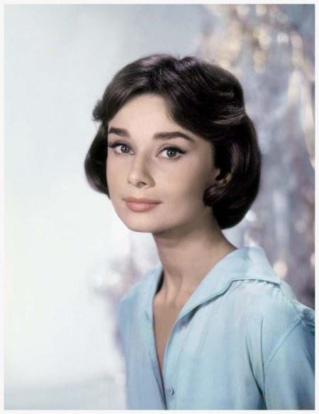 Audrey Hepburn in Paris, 1961. Photo: Willy Rizzo.