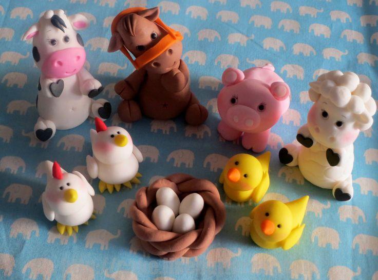 Farm Animal Fondant Cake Topper cakepins.com
